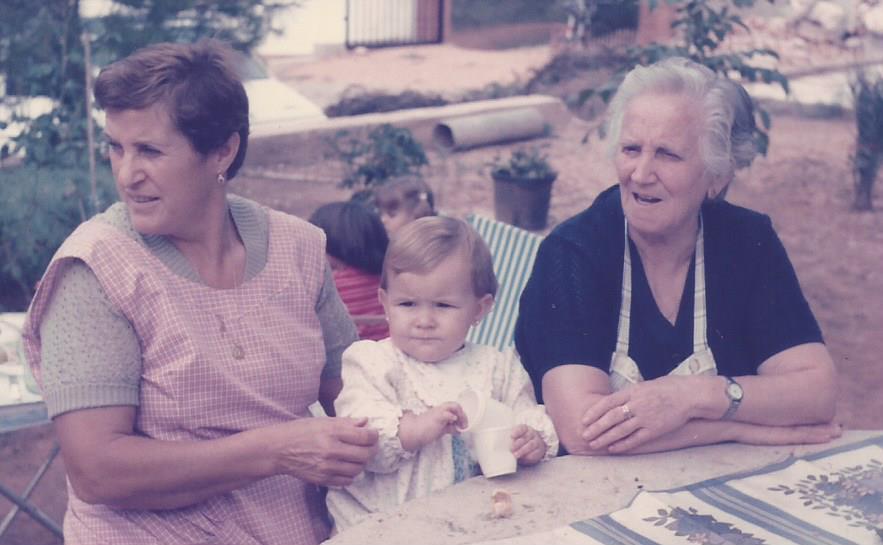 Mis abuelitas Inés y María.jpg